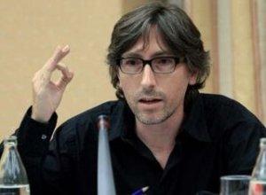 David Trueba, durante su intervencion en la Comisión sobre la Ley del Cine (2008)